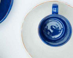 Unlike underglaze glaze makes pottery food safe