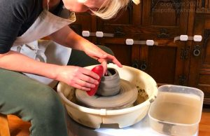 Can you use air dry clay on a potters wheel