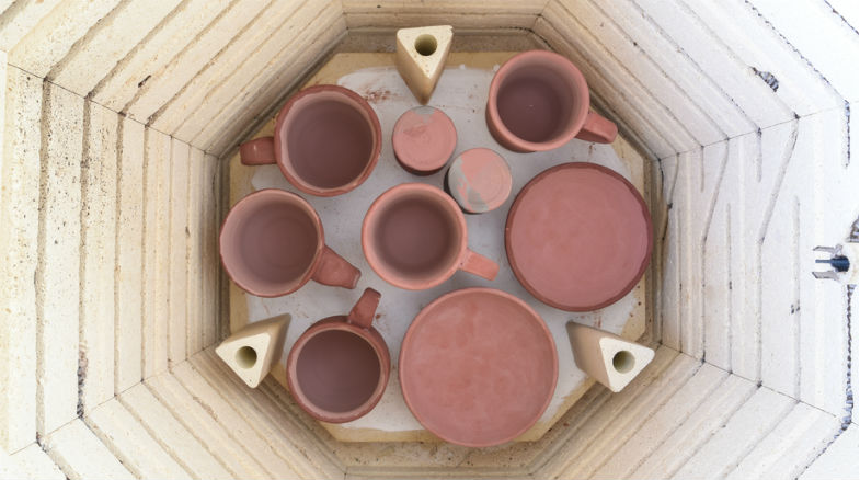 choosing a pottery glaze