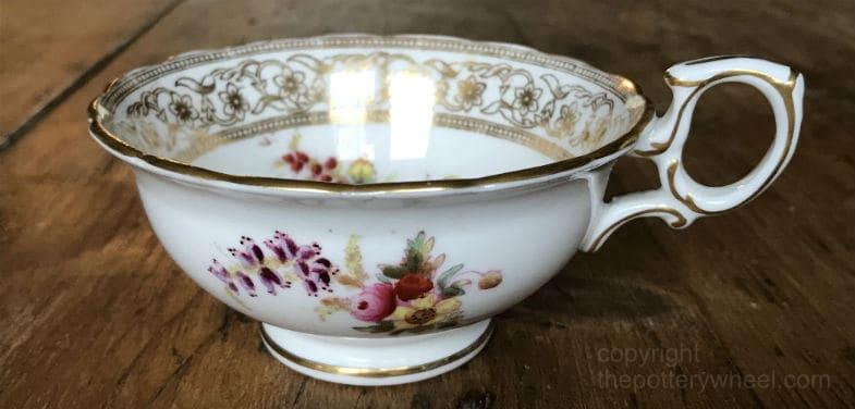 is pottery glaze toxic