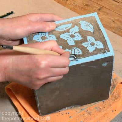 how to do sgraffito pottery