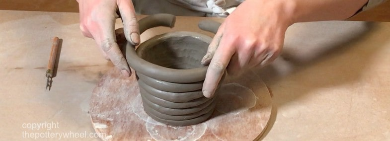 how to make pottery without a wheel