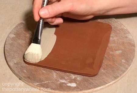 making sgraffito with slip