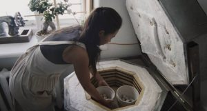 when do you close the peep holes on a kiln