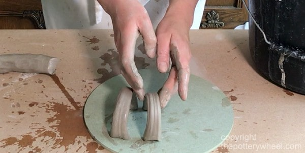handles that crack when clay dries