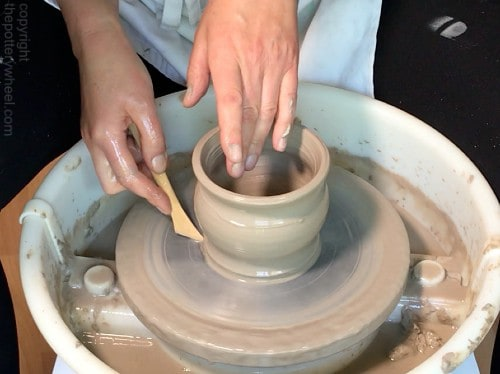 how to remove a pot from the wheel