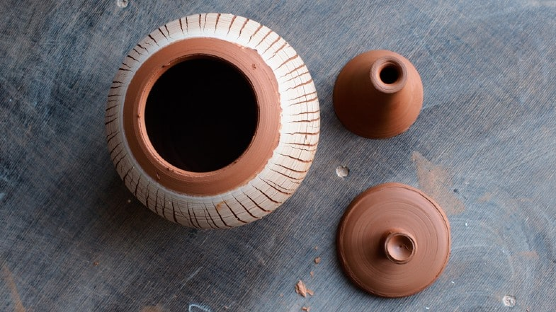 firing pots with lids
