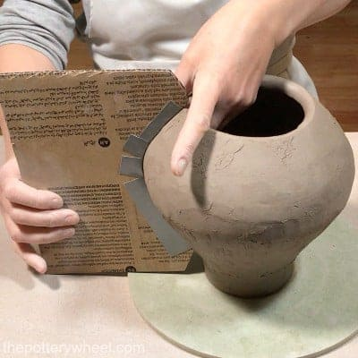 using a template for smooth coil pots