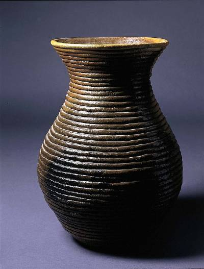 famous coil pottery artists